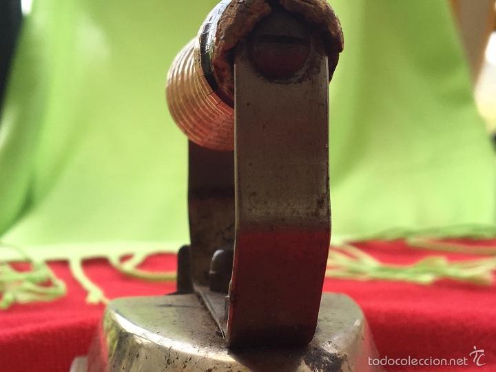 Antigüedades: Plancha de viaje años 30 electrica - Foto 5 - 57740537