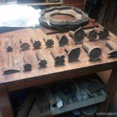 Antigüedades: 17 TROQUELES DE GUARDICIONERO DE CUERO DE DIFERENTES TAMAÑOS . Lote 57838985