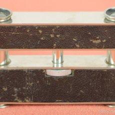 Antigüedades: BINOCULARES PARA OPERA. METAL. REMATES EN CUERO. CIRCA 1950. . Lote 57863755