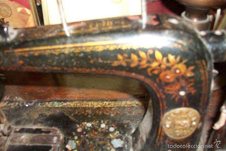 Antigüedades: ANTIGUA MAQUINA DE COSER WERTHEIM- ELECTRA - Foto 8 - 38855717