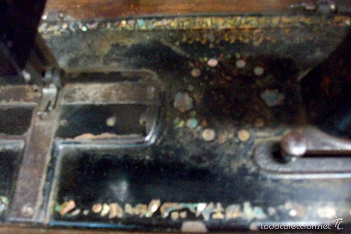 Antigüedades: ANTIGUA MAQUINA DE COSER WERTHEIM- ELECTRA - Foto 12 - 38855717