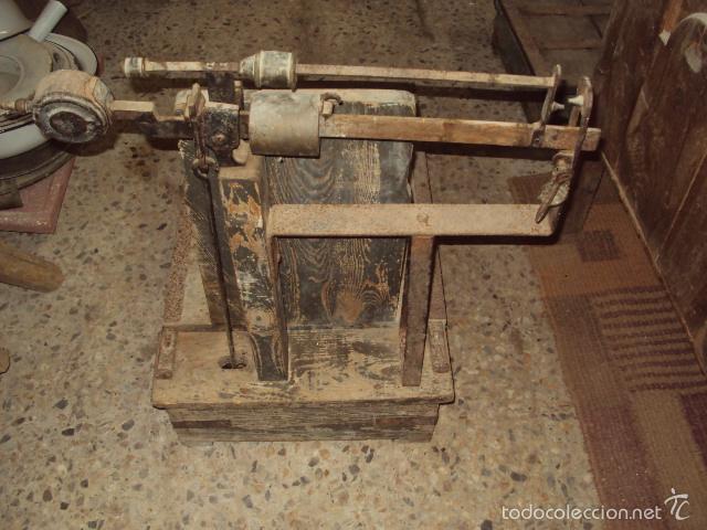 Antigüedades: Báscula de cereal. - Foto 4 - 57884971