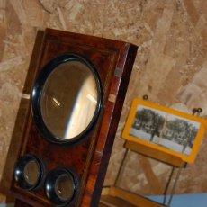 Antigüedades: VISOR ESTEROSCÓPICO DE SOBREMESA EN MADERA DE RAÍZ ERABLE. Lote 57905518