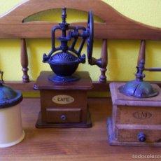 Antigüedades: CONJUNTO DE MOLINILLOS DE CAFE. Lote 57908644