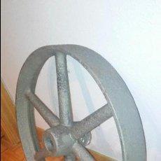 Antigüedades: POLEA DE HIERRO FUNDIDO - 10,800 KG.. Lote 57960658