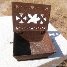 Antigüedades: BRASERO DE FORJA DE MANOS DE SIGLO XVIII. Lote 57975638