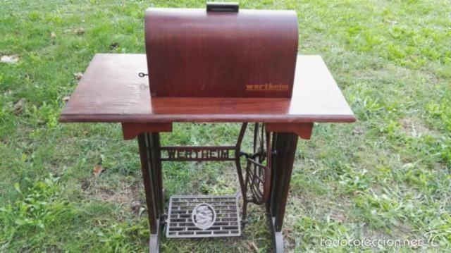 Maquina de coser wertheim a pedal con mueble co comprar - Maquinas de coser con mueble ...