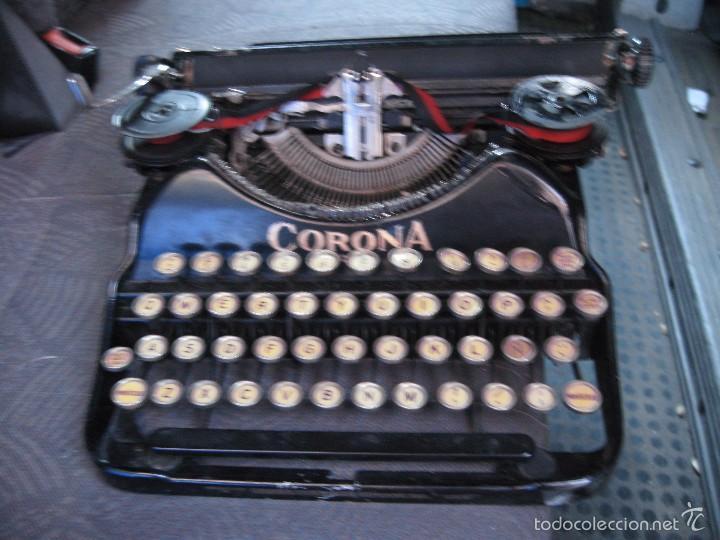PEQUEÑA MAQUINA DE ESCRIBIR ANTIGUA CORONA FOUR - FUNCIONANDO . BUEN ESTADO (Antigüedades - Técnicas - Máquinas de Escribir Antiguas - Otras)