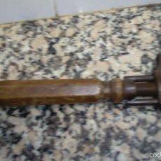 Antigüedades: ANTIGUA LLAVE PERRO LARGO 24 CM . Lote 58103967