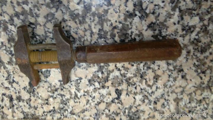Antigüedades: ANTIGUA LLAVE PERRO LARGO 24 CM - Foto 3 - 58103976