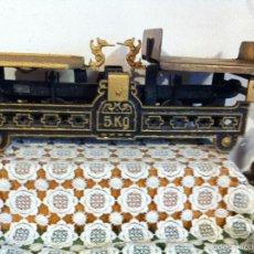 Antigüedades: ANTIGUA BALANZA DE PAQUETERIA DEL AÑO 1925 CON SELLOS DE CONTRASTE (BD 08). Lote 58108564