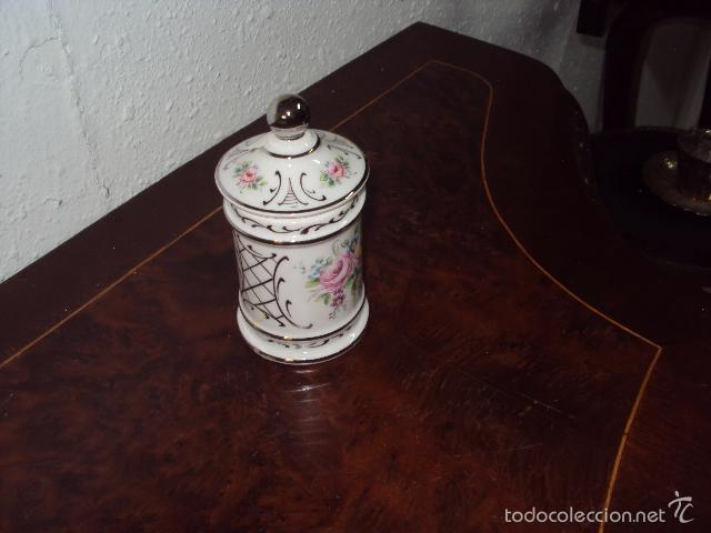 Antigüedades: Pequeño bote de farmacia - Foto 3 - 58108774