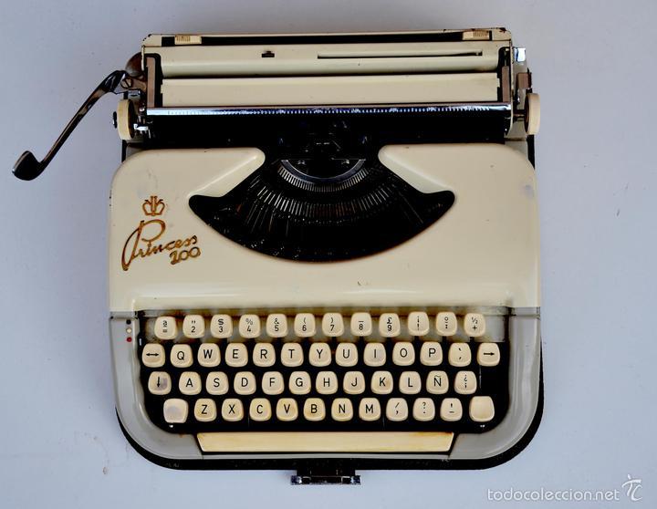 MAQUINA DE ESCRIBIR PRINCESS 100 (Antigüedades - Técnicas - Máquinas de Escribir Antiguas - Otras)