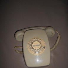 Teléfonos: TELEFONO HERALDO DE COLOR CREMA--DE TELEFONICA--DE PARED--FUNCIONA. Lote 58191031
