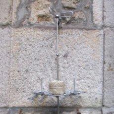 Antigüedades: ANTIGUO SOPORTE DE MADEJAS, MARCA MAQUINAS COSER 'PFAFF' 75CM + INFO. Lote 58211429