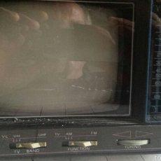 Antigüedades: ANTIGUA TELEVISIÓN RADIO 5 PULGADAS BLANCO Y NEGRO. Lote 58390293