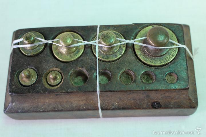 Antigüedades: juego de 6 pesas - ponderales en bronce - Foto 2 - 58456292