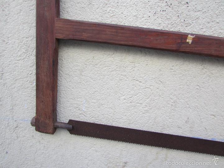 Antigüedades: SIERRA antigua para TALAR MADEROS. Tensada por alambre. Antigua - Foto 3 - 58494562