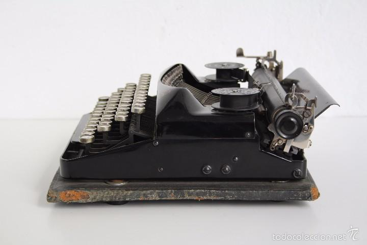 Antigüedades: Máquina de escribir Erika Model S. Alemania. 1937. - Foto 3 - 58509984