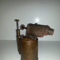 Antigüedades: LAMPARA DE SOLDAR GRANDE, RARA. Lote 58512889