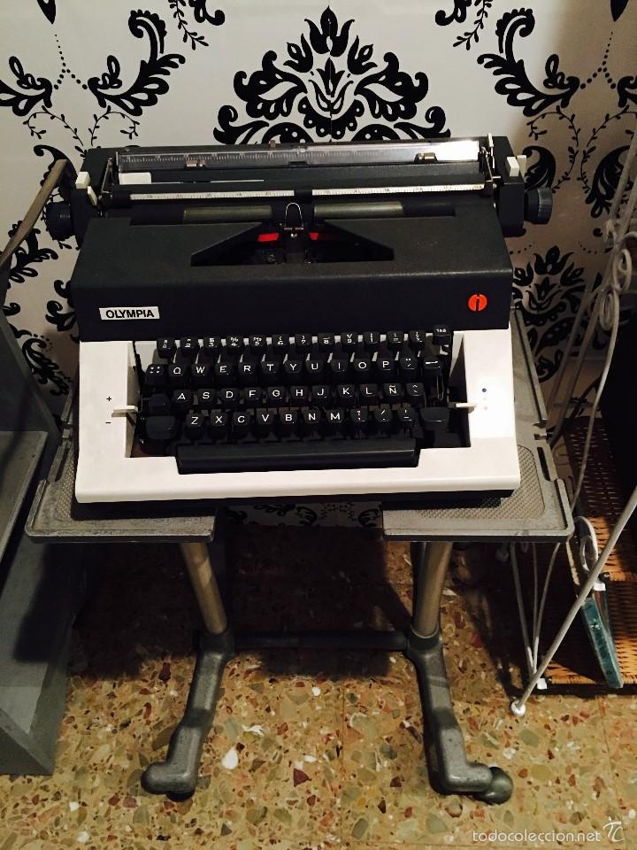 MAQUINA ESCRIBIR OLYMPIA (Antigüedades - Técnicas - Máquinas de Escribir Antiguas - Olympia)