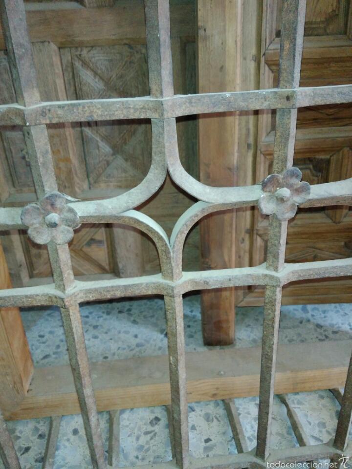 Antigüedades: Reja de forja siglo XVI - Foto 2 - 58642912