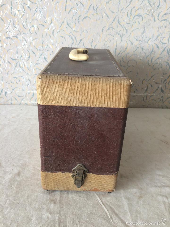 Antigüedades: TAPA SINGER PARA MÁQUINA DE COSER. - Foto 2 - 58675288