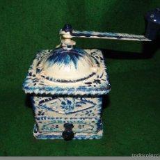 Antigüedades: ANTIGUO MOLINILLO DE CAFE ELMA METALICO PINTADO. Lote 58755926