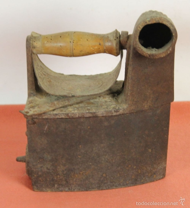 Antigüedades: PLANCHA DE CARBÓN EN HIERRO DE FUNDICIÓN. FRABICANTE CC. ESPAÑA. PRINC. S. XX. - Foto 3 - 59011760