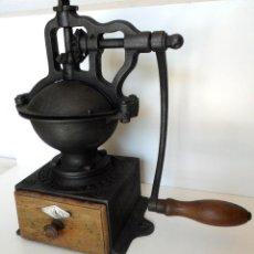 Antigüedades: MOLINILLO DE CAFÉ PEUGEOT, MODELO A-1 DE MANIVELA LATERAL. 37 CM. DE ALTO. CA 1925. Lote 59934219