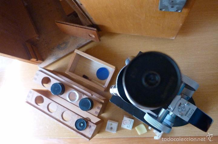 Antigüedades: MICROSCOPIO ANTIGUO ALEMÁN (KARL ZANGER WETZLAR) CON ACCESORIOS, CAJA Y LLAVE - Foto 4 - 60202575