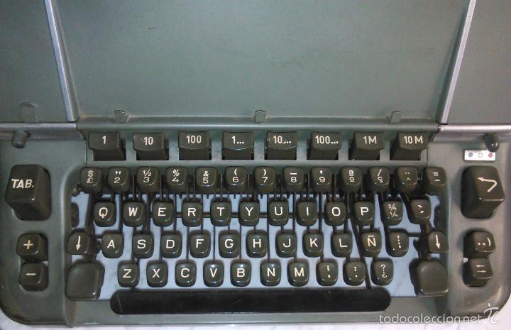 Antigüedades: Máquina de Escribir Antigua Hermes Ambassador. Modelo Mecánico Suizo de 1952. Paillard, Suiza. - Foto 5 - 60355867