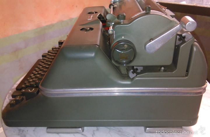 Antigüedades: Máquina de Escribir Antigua Hermes Ambassador. Modelo Mecánico Suizo de 1952. Paillard, Suiza. - Foto 7 - 60355867