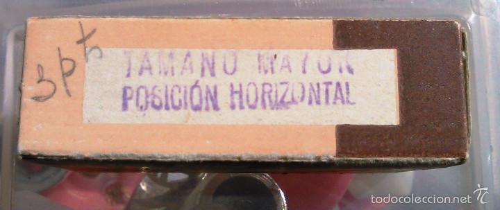 Antigüedades: Índice de Tela Engomada. Juego de A la Z. Caposa. Años 40-50. Artículo de Imprenta Antigua. - Foto 5 - 60375951