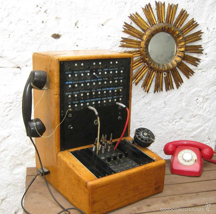 DE MUSEO! CENTRALITA ANTIGUA TELEFONO BAKELITA LM ERICSSON ANTIGUO TIENDAS TELEFONIA DECORACION (Antigüedades - Técnicas - Teléfonos Antiguos)
