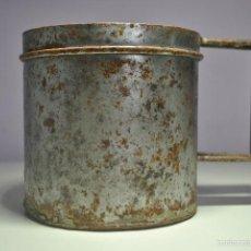 Antigüedades: ANTIGUO VASO MEDIDOR DE ACEITE DE OLIVA 1 LITRO- ARAGÓN. Lote 60493751