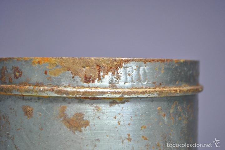 Antigüedades: ANTIGUO VASO MEDIDOR DE ACEITE DE OLIVA 1 LITRO- ARAGÓN - Foto 5 - 60493751
