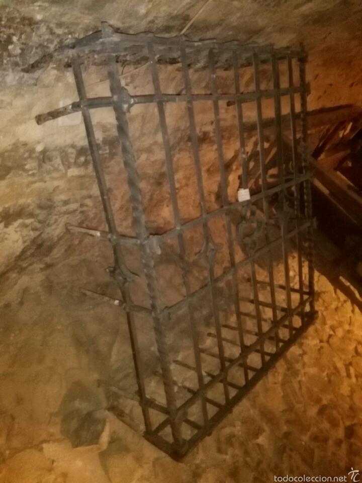 Antigüedades: Reja siglo XVI de forja - Foto 7 - 60649482