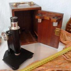Antigüedades: MICROSCOPIO ANTIGUO AÑOS 40. CAJA ORIGINAL. OLD MICROSCOPE ORIGINAL BOX:. Lote 60719515