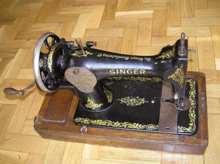 Antigüedades: MAQUINA DE COSER SINGER 28K DE MANIVELA - PORTATIL - CON SU TAPA - Foto 6 - 60987231
