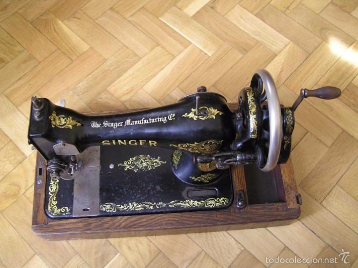 Antigüedades: MAQUINA DE COSER SINGER 28K DE MANIVELA - PORTATIL - CON SU TAPA - Foto 19 - 60987231