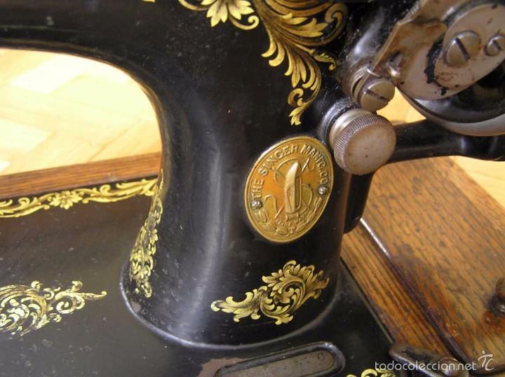 Antigüedades: MAQUINA DE COSER SINGER 28K DE MANIVELA - PORTATIL - CON SU TAPA - Foto 46 - 60987231