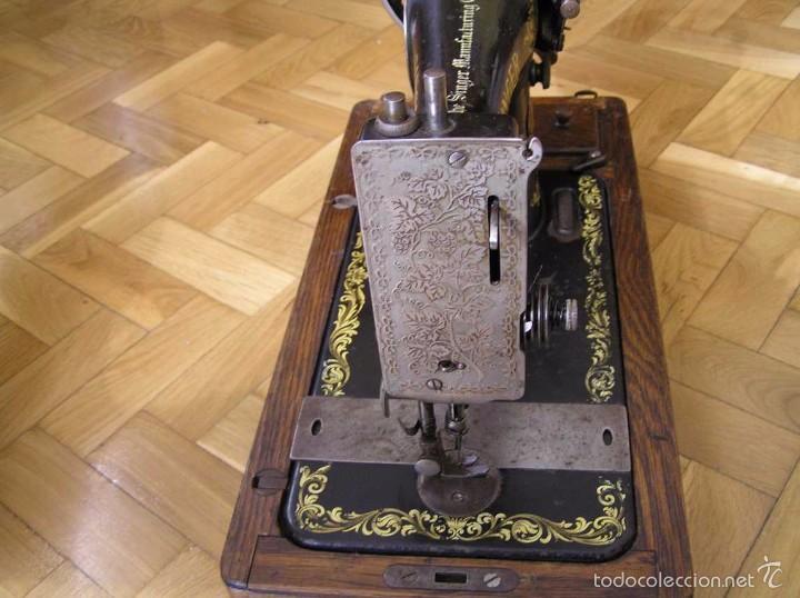 Antigüedades: MAQUINA DE COSER SINGER 28K DE MANIVELA - PORTATIL - CON SU TAPA - Foto 49 - 60987231