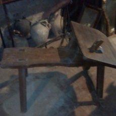Antigüedades: BANCO PARA HACER ALPARGATAS. Lote 162811608