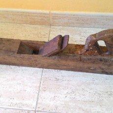Antigüedades: ANTIGUA GARLOPA O RIBOT DE CARPINTERO. Lote 61264295