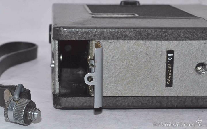 Antigüedades: EXCELENTE FILMADORA, CAMARA DE CINE A PILAS, 8 mm..YASHICA 8, ES..BUEN ESTADO..FUNCIONA - Foto 23 - 61272763