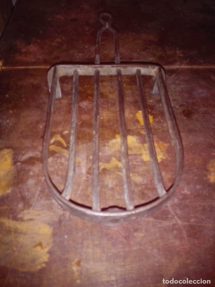 BASE PLANCHA . HIERRO - FUNDICIÓN. (Antigüedades - Técnicas - Planchas Antiguas - Varios)
