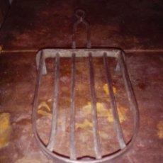 Antigüedades: BASE PLANCHA . HIERRO - FUNDICIÓN.. Lote 61398323