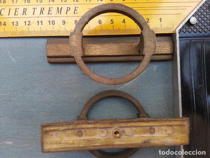 Antigüedades: ANTIGUO TIRADOR METAL GRAN RELIEVE VINTAGE . METAL . SUJECCION 1 PUNTO CENTRAL - Foto 3 - 61485187