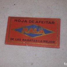 Antigüedades: CUCHILLA AFEITAR COMPLETA, LLEVA LA CUCHILLA, MARCA MALA. Lote 61618140